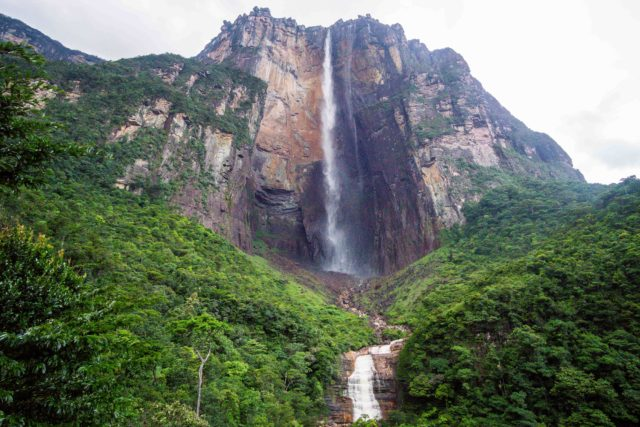 Angel falls canaima national park venezuela.jpg