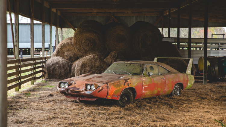 1969 dodge charger daytona 001 1.jpg