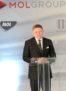 Robert Fico Mol Group Slovnaft