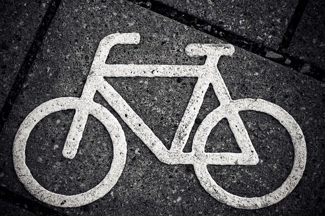 Bike bicykel pixabay.jpg