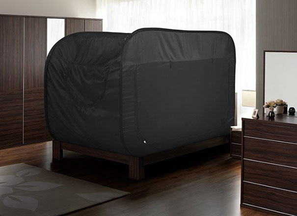 Tent bed privacy pop 12.jpg