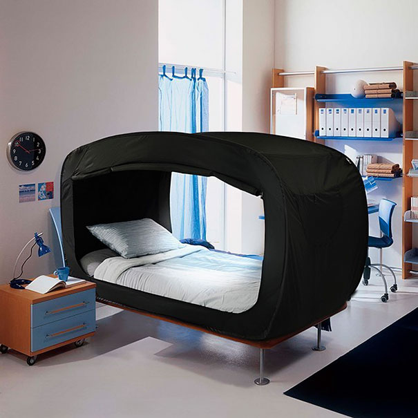 Tent bed privacy pop 8.jpg