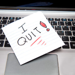 I QUIT - Note on Laptop