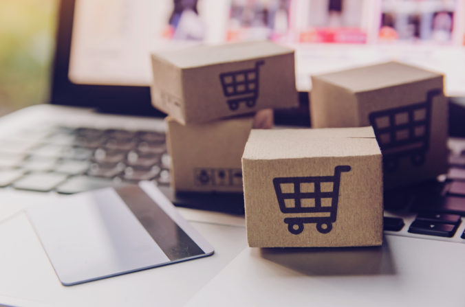 Online,Shopping, ,Paper,Cartons,Or,Parcel,With,A,Shopping