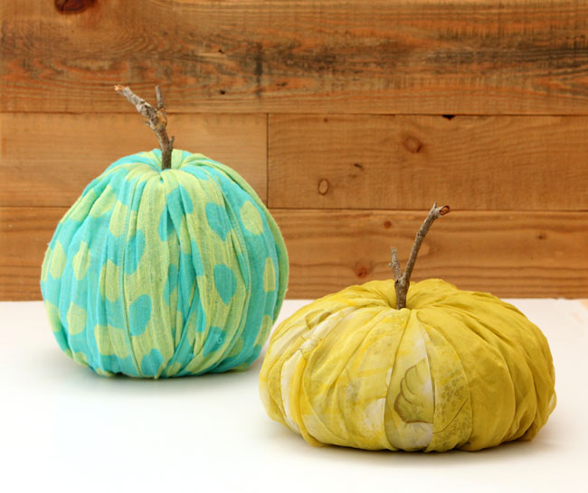 instant fabric pumpkin decoration apieceofrainbowblog 17