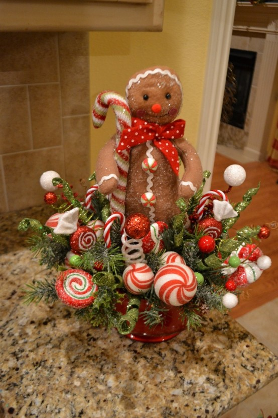 Delicious gingerbread christmas home decorations 24 554x831.jpg