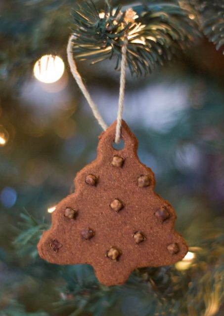 Delicious gingerbread christmas home decorations 5.jpg