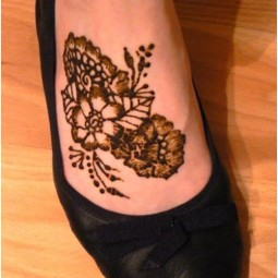 Quick mehndi tattoo 1.jpg