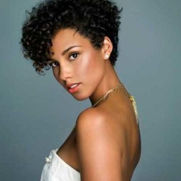 30 curly hairstyles for short hair 3 1.jpg