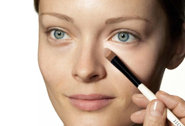 Apply concealers 620x423.jpg