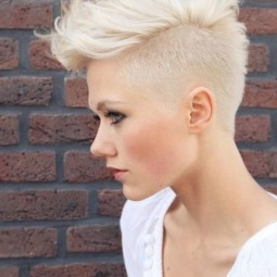 Faux hawk hairstyle for summer look 1.jpg