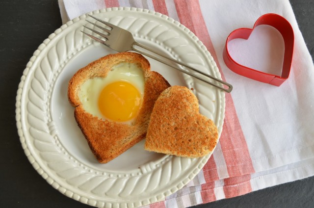 Heart shaped foods valentines day egg toast.jpg