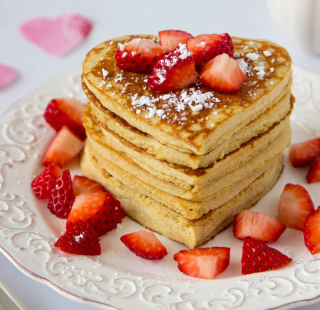 High protein oatmeal pancakes heart shaped valentines day 4.jpg