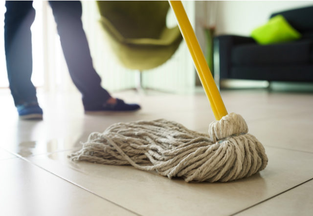 How_to_mop_a_floor.jpg