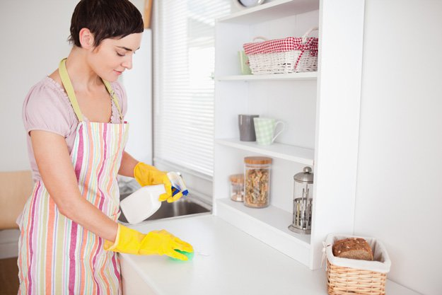 Cleaning with lemon vinegar and baking soda 4.jpg