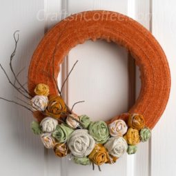 Diy sweater wreath for fall.jpg
