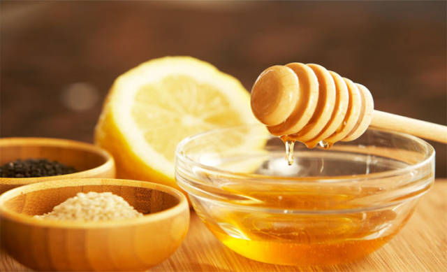Lemon and honey.jpg