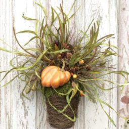 Rustic fall wreath.jpg