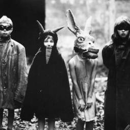 Scary vintage halloween creepy costumes 13 57f6494cb1b8b__605.jpg
