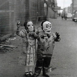 Scary vintage halloween creepy costumes 44 57f662475b93f__605.jpg