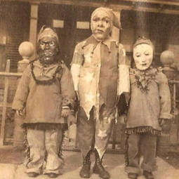 Scary vintage halloween creepy costumes 6 57f6493e76f50__605.jpg