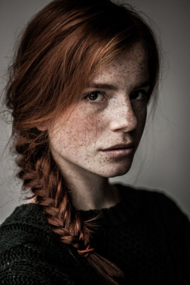 Freckles redheads beautiful portrait photography 1 583565b6ec2c3__700.jpg