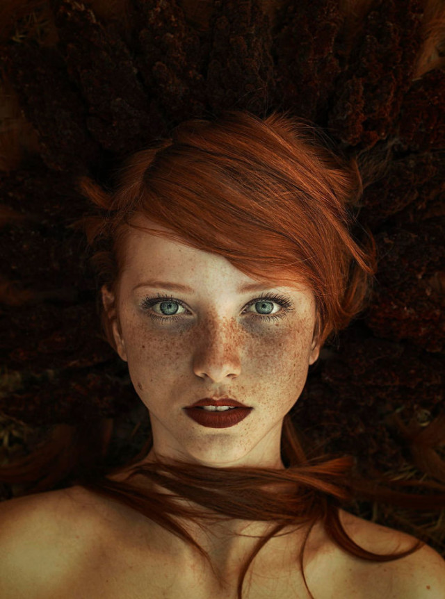 Freckles redheads beautiful portrait photography 40 5835663466579__700.jpg