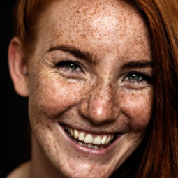 Freckles redheads beautiful portrait photography 60 58358510389d0__700.jpg