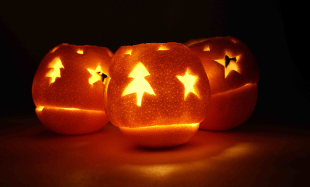 Christmas candles from oranges a rocha uk reduced.jpg