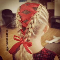 Creative christmas hairstyles 16 58468cdc6ecda__605.jpg