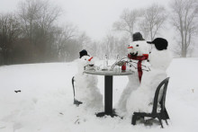 Creative snowman ideas 53 5853f730a0fda__605.jpg