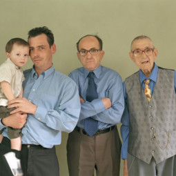 Family portrait different generations in one photo 221__605.jpg