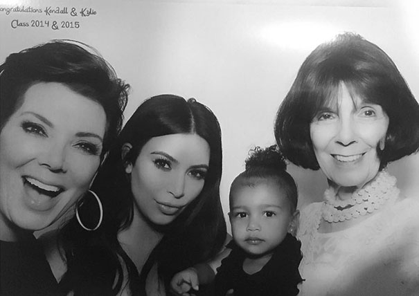 Family portrait different generations in one photo 30 5863b37a571ca__605.jpg