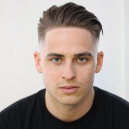 Barber_djirlauw medium hairstyle men.jpg