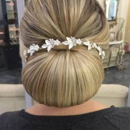 Long wedding hairstyles bridal updos via elstile 49.jpg