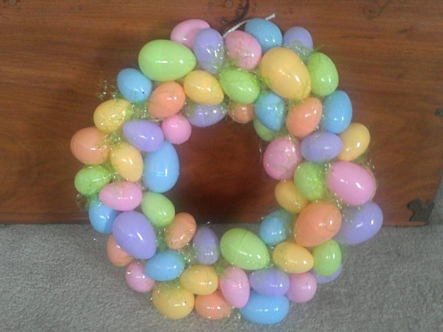 Easter egg wreath tutorial_648426 1.jpg