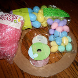 Easter egg wreath2.jpg