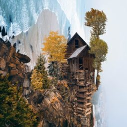 Surreal digital art huseyin sahin 8 58d37c88dd931__880.jpg