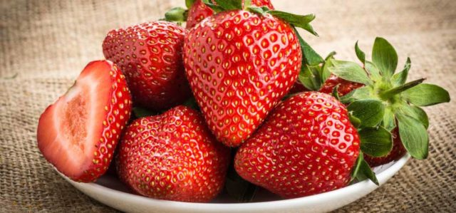 Benefits of strawberry seed oil.jpg