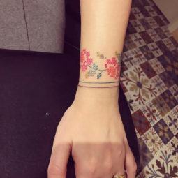 Floral tattoo artists 4 58e254b0b0d2e__700.jpg