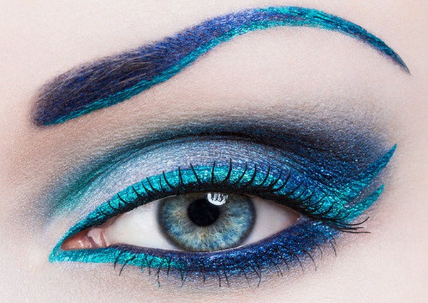 Makeup ideas for blue eyes.jpg