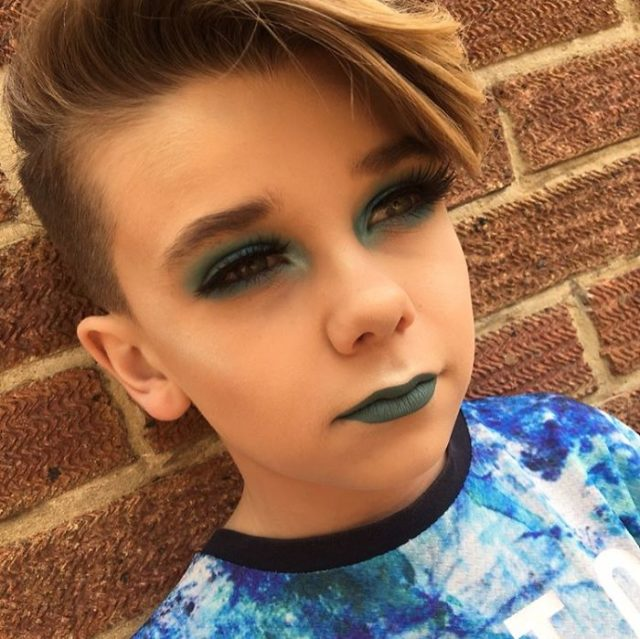 10 year old makeup by jack 11 59280ea45c3e5__700.jpg