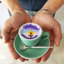 Artistic barista from korea who draws art on coffee 5912bec489f0b__700 1.jpg