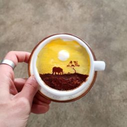 Artistic barista from korea who draws art on coffee 5912bf3e50dd6__700.jpg