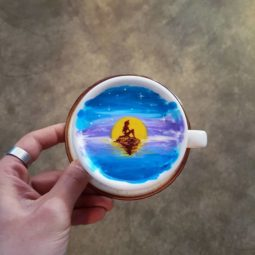 Artistic barista from korea who draws art on coffee 5912bf44d2ebb__700.jpg