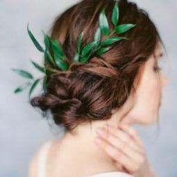 Greenery wedding hair ideas laurenpeelephotography.jpg