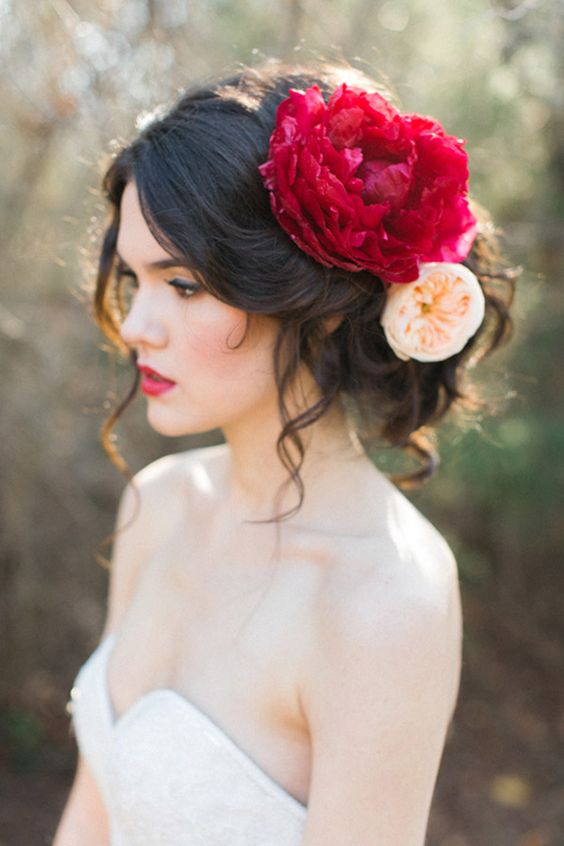 Hairstyle close up giant red peony allen tsai photography sarah keestone events.jpg