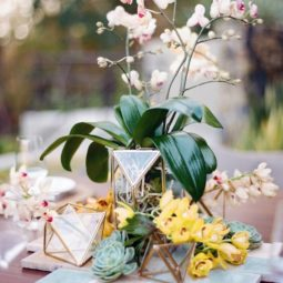 Tropical wedding centerpiece via photography audra wrisley.jpg