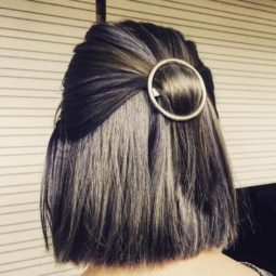 12 medium bob with round hair clips.jpg