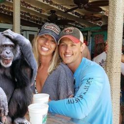Funny engaged couple_monkey 5955c2e7c67f5__605.jpg